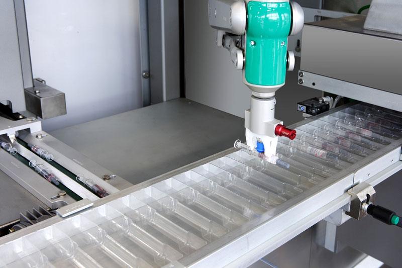 Robot manipolatori alimentatori per il pick and place - Marchesini