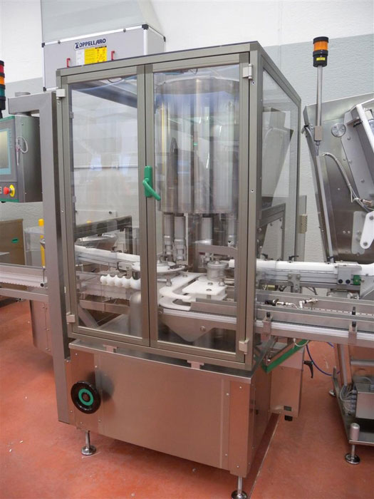 Tappatrice capsulatrice ML667 per farmacia