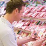 Le etichette per alimenti antispreco di Sainsbury's si colorano e sai se il cibo aperto è ancora buono