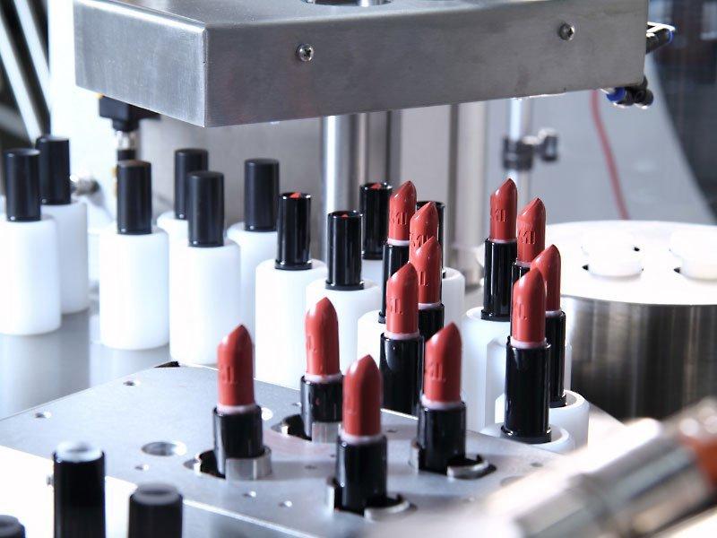 confezionamento cosmetico
