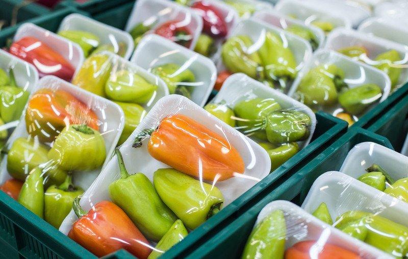 Plastic non riciclabili negli imballaggi nuova survey Nielsen