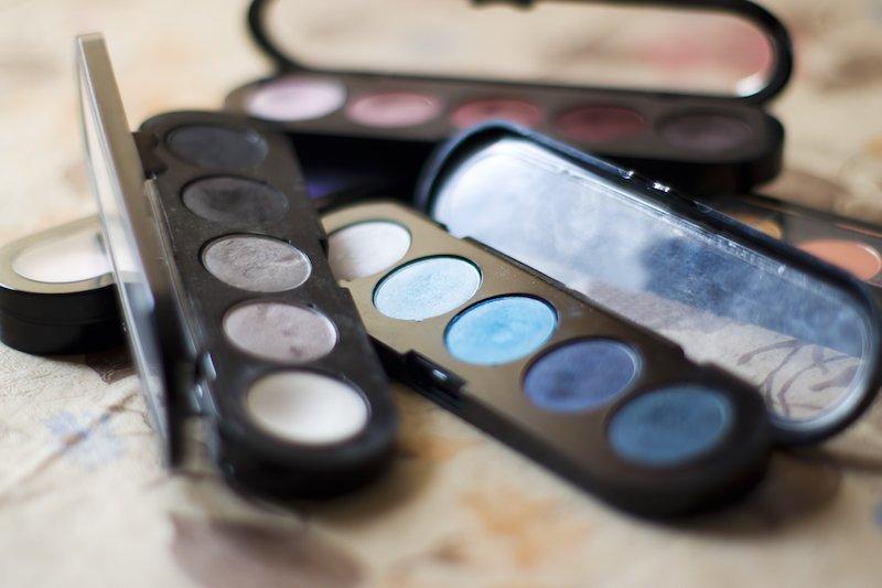 Macchine per il confezionamento di prodotti cosmetici