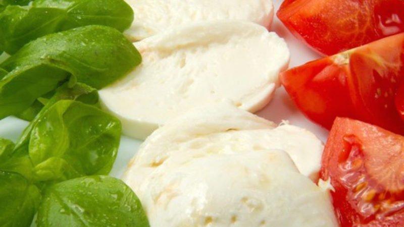 etichette alimentari con tricolore